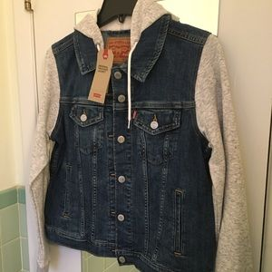 New Levi trucker jacket with gray hoodie